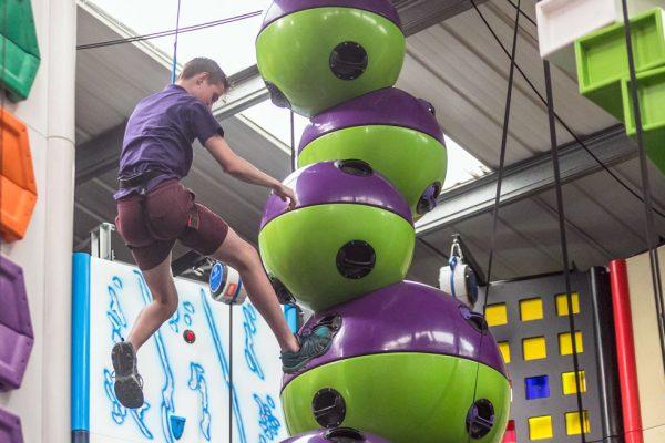 clip-n-climb-ipswich-letting-go